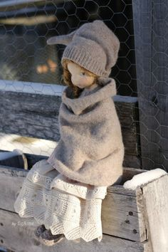 Melina in her winter clothes, a Mannikin style, natural fiber art doll by Fig and me. Wearing victorian lace and Merino clothing. Doll Crafts, Diy Doll, Fabric Dolls, Paper Dolls, Fabric Doll Pattern, Doll Toys, Baby Dolls, Sewing Dolls, Little Doll