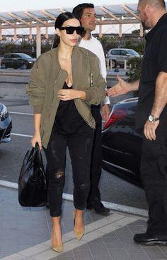 RDuJour-Blog-Kim-Kardashian-Street-Style-Black-Skinny-Jeans-Beige-Seude-Pumps-Celine-Sugnlasses-Fear of God Army Green Bomber Jacket