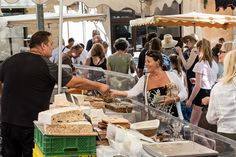 market day in Luberon #BlissFR #TastesofProvence @Anitasfeast