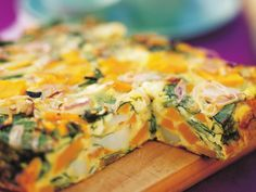 Pumpkin, spinach and fetta frittata is part of Pumpkin Spinach And Feta Frittata Recipe Allrecipes Com - With a side salad and crusty bread, this delicious frittata makes a satisfying and delicious vegetarian dinner and great leftovers for lunch! Great Vegetarian Meals, Vegetarian Recipes, Cooking Recipes, Healthy Recipes, Vegetarian Frittata, Vegetable Frittata, Vegetarian Cooking, Cooking Time, Healthy Frittata