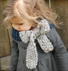 Ravelry: The Savannah Cowl pattern by Heidi May- thevelvetacorn.etsy.com
