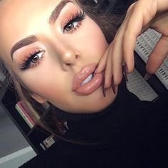 The makeup  @Jessieann_g #Repost @hudabeauty