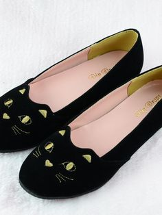 Japanese sweet kitty embroidered flats
