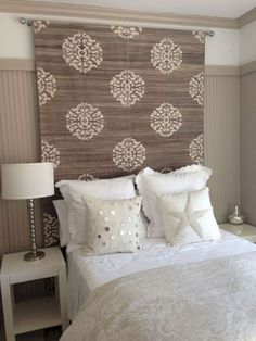 Searching For DIY Headboard Ideas? There are a lot of low-cost methods to produce an unique distinctive headboard. We share a couple of brilliant DIY headboard ideas, to motivate you to style your bedroom chic or rustic, whichever you like. Diy Fabric Headboard, Headboard Designs, Headboard Ideas, Tapestry Headboard, Diy Full Size Headboard, Cheap King Headboard, Curtain Rod Headboard, Photo Headboard, Diy Upholstered Headboard