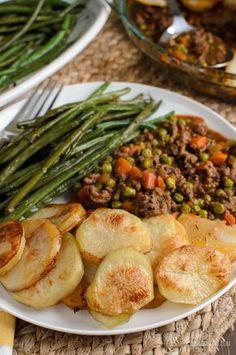 Crispy Potato Topped Meat Pie - Slimming World - Slimming Eats