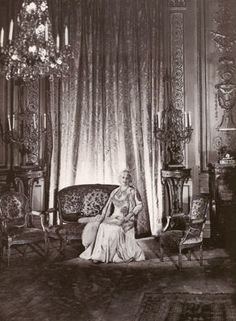 Image detail for -) Vanderbilt in the drawing room of her 640 Fifth Avenue mansion ...