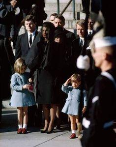Jackie & família (funeral Keneddy)