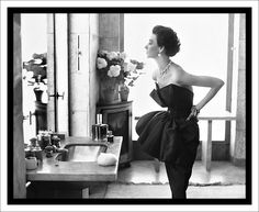 This was shot by Richard Avedon of Miss Dorian Leigh at the Paris apartment of Helena Rubenstein in Paris 1949.
