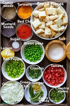 all the ingredients needed to make delicious and filling Bread Upma Vegan Indian Recipes, Ethnic Recipes, Snacks Dishes, Indian Breakfast, Fusion Food, Fresh Bread, Indian Snacks, Curry Leaves, Easy Food To Make
