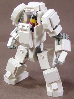 Lego Mech Warrior by Dou Moko