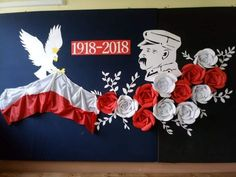 Diy Backdrop, Backdrops, Indonesian Decor, Uae National Day, Diy For Kids, Games For Kids, Class Decoration, Crafts To Do, Diy Flowers