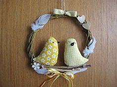 Dekorácie - veľkonočný venček s vtáčikmi - 5118265_