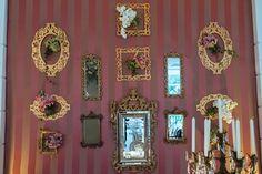 Superdiferente esse painel de espelhos - Casamento Amanda Abreu e Noman Khan