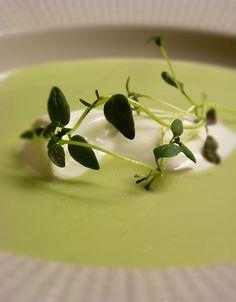 Ärtsoppa - Creme Ninon. Värmande soppa för kalla dagar. Läs mer på recept.com
