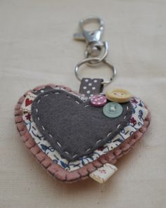 pretty heart keyring