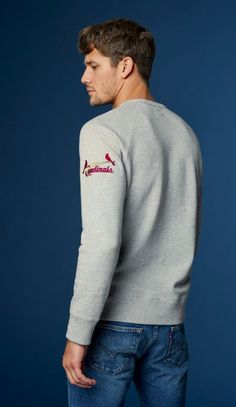 Show your spirit. Vintage details and banded cuffs keep you comfortable and the cold air out in our Levi's x MLB Classic Crewneck. Levis Jeans, Denim, Men Looks, Sweater Outfits, Team Logo, Crew Neck Sweatshirt, Sportswear, Clothes For Women, My Style
