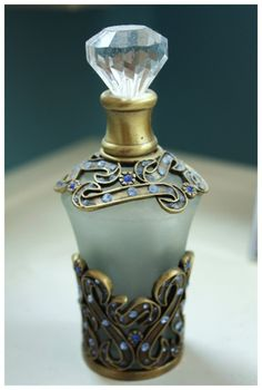 Antique perfume bottle - Perfumero antiguo
