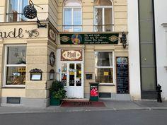 In der Wiener Innenstadt gibt es fantastische Plätze, die fast den Eindruck erwecken, dass die Zeit stillgestanden ist. #wien Vienna