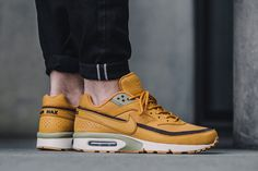 """Nike Brings the """"Wheat"""" Look to the Air Max BW"""