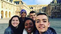 #ispyapi #Repost @golden_amythest and crew exploring the Palace of Versailles!  #monument #versailles #france #studyabroad #ispyapi @stonehillabroad