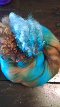 Art batt-roving-spinning fiber-locks-handdyed-top-felting-fiber-merino top-dyed locks-spinning-wool-Woods and Water Mini Bump and Locks by JeriLynnsFarm on Etsy