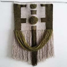 Full frontal / olive & cream weaving