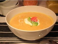 Kari polievka s červenou šošovicou