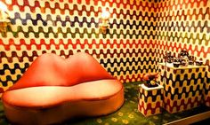 This picture fits retro design because it has bright colors, wild designs, and bold patterns. Retro Interior Design, Retro Design, Lips Sofa, Retro Lounge, Dj Disco, 70s Party, London Hotels, Summer Of Love, Character Shoes