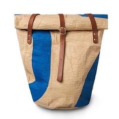 Outdoor shopping season has begun, and if you're planning a trip to the flea or farmer's market, you might also be on the lookout for a new bag. Our Castelli Hold All bag is perfect for your daily adventures. Made from sailcloth