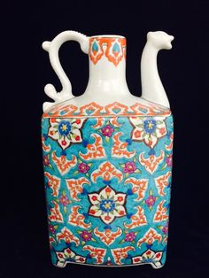By İsmail yiğit Ceramic Decor, Ceramic Pottery, Ceramic Art, Glazed Tiles, Turkish Art, Pretty Art, Tile Art, Tea Pots, Objects