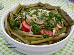 Cinco sentidos na cozinha: Salada de feijão - verde, batata , tomate e pickle...