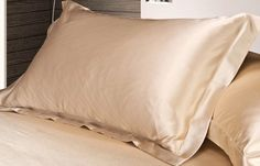 Pure mulberry silk pillow case-the ultimate in luxury. Silk pillow cases her reduce pulling and tugging on skin while you sleep, which can help prevent wrinkles that form from our side sleeping or sto