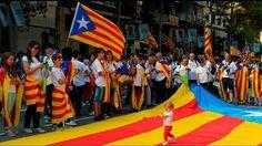 Stovky tisíc ľudí vyšli počas dnešného národného dňa Katalánska do ulíc Barcelony, aby sa zúčastnili pochodu za nezávislosť regiónu. Ľudia prišli na zhromaždenie do Barcelony zo všetkých častí Kata...