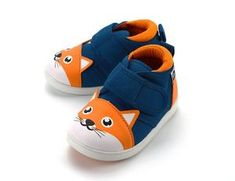 Most kids' shoes are miniature versions of adult shoes. Here at ikiki™, though, we designed these shoes from the ground up for little feet. Cute Baby Shoes, Boy Shoes, Baby Outfits Newborn, Baby Boy Outfits, Squeaky Shoes, Human Babies, Baby Doll Clothes, Expecting Baby, Toddler Shoes