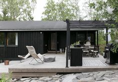 DIY: SAAREKE TERASSILLE | oblik. Prefab Cottages, Outdoor Spaces, Outdoor Decor, Tiny House, Beach House, Pergola, Google, Kitchen, Home Decor
