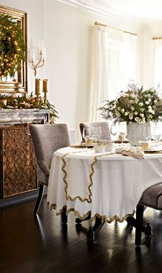 All that glitters. The @DonatellaArpaia tablescape. From golden flatware + beaded placemats to embroidered linens + bone china.