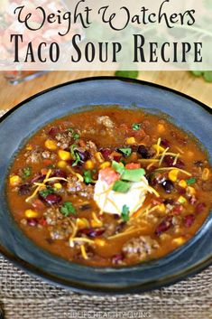 Healthy Recipes Healthy taco soup is a quick and easy weeknight dinner. This Instant Pot spicy taco soup could not be more delicious. The whole family will love it.they'll have no clue that it's totally Weight Watchers friendly! Healthy Taco Soup, Easy Taco Soup, Chicken Taco Soup, Healthy Tacos, Healthy Crockpot Recipes, Ww Recipes, Lowfat Soup Recipes, Low Carb Taco Soup, Recipies