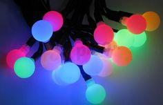 Fantazyjne lampki na choinkę - kolorowe płynące kuleczki #christmas #tree #lights