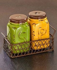 Kitchen Decor Yellow Green Salt N Pepper Shaker Set Chicken Wire Basket Holder…