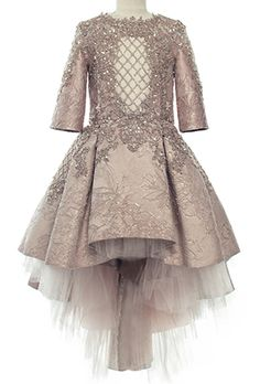 ideas children dress designs indian for 2019 Gowns For Girls, Little Girl Dresses, Girls Dresses, Little Girl Fashion, Kids Fashion, Dress Anak, Kids Frocks, Couture Dresses, Baby Dress