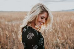 Makayla Madden Photography Boise, Idaho Senior, Boudoir, and Wedding Photographer Fairfield Idaho Fall Senior girl Smiling Wheat field Senior inspiration location adventure photographer wanderlust senior pictures