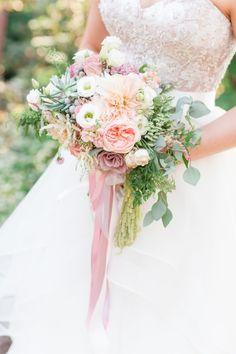 fresh peach and pink wedding bouquet
