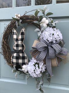Farmhouse white cotton Summer Grapevine Wreath for Door, Wreaths, wreath for front door, farmhouse wreath for front door, Lambs Ear Wreath - Wreath Ideen Wreath Crafts, Diy Wreath, Grapevine Wreath, White Wreath, Advent Wreath, Wreath Ideas, Wreaths For Front Door, Door Wreaths, Yarn Wreaths
