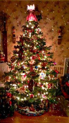 1000 Images About Old Fashion Decorated Christmas Trees