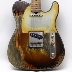 Palir Guitars Sunburst Titan                                                                                                                                                     More