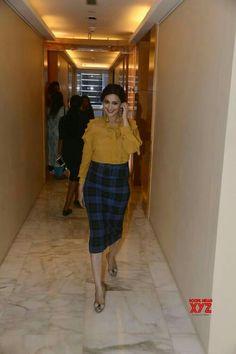 Mumbai: Sonali Bendre during a programme - Social News XYZ Waist Skirt, High Waisted Skirt, Indian Outfits, Mumbai, Photo Galleries, Bollywood, Gallery, Celebrities, Womens Fashion