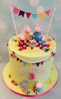 Peppa, Mummy, Daddy, George pig, Emily elephant, suzie sheep picnic birthday celebration cake with hanging bunting 2nd Birthday Cake Boy, Peppa Pig Birthday Cake, Picnic Birthday, Fondant Cakes, Cupcake Cakes, Cupcakes, Cumple Peppa Pig, Picnic Cake, Foundant
