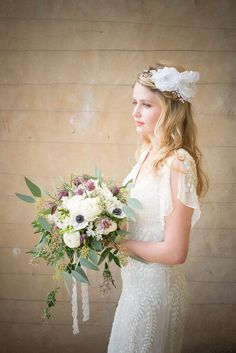 White silk flower crown by Chez Bec | Photography by http://claudinehartzel.com/