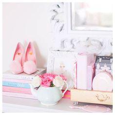 💕🌸 Roses make everything better! Happy Thursday! 🌸💕