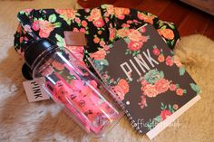 I don't really like floral patterns but I do love this planner. I might get this one for this semester :)